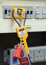Locking cable improves electrical safety